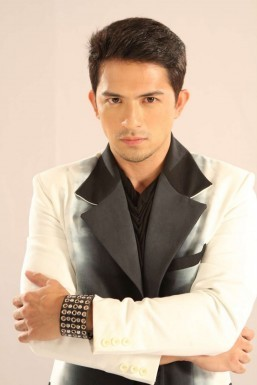 Dennis Trillo (MNS photo)