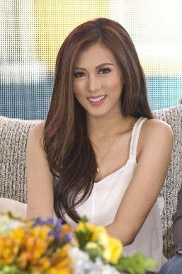 Alex Gonzaga relishes singlehood
