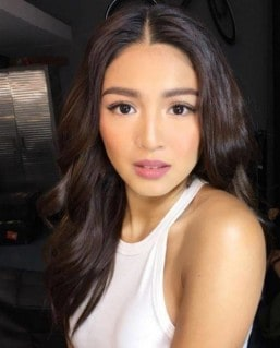 Nadine Lustre to launch makeup line