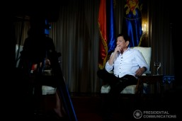 Duterte wants Filipinos to join fight vs. drugs, criminality in 2017