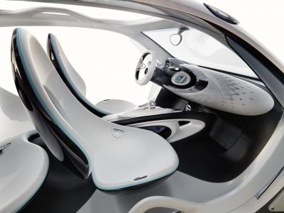 smart fourjoy With no doors, rear window or roof, the interior had better be impressive, and in this regard, the Smart does not disappoint. ©Smart