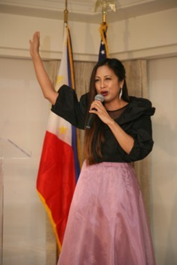 Filipina-American Broadway artist Stephanie Reese sings Bayan Ko during the Independence Day Reception at the Hay Adams Hotel in Washington, D.C. (Philippine Embassy Photo by Elmer G. Cato)
