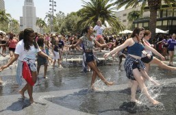 THOUSANDS DANCE TOGETHER IN JOYOUS NATIONAL DANCE DAY CELEBRATION AT GRAND PARK