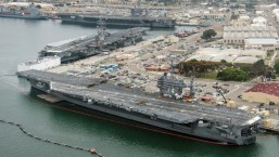 More than 3,000 US sailors switch aircraft carriers