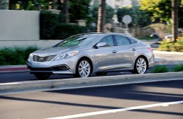 Hyundai Azera smoothly rolls on to 2017