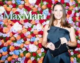 Video: Jennifer Garner for Max Mara