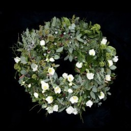 'World's most expensive' Christmas wreath unveiled