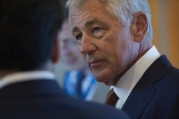 US sends 130 more military advisors to Iraq: Hagel