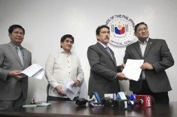 House leaders file criminal complaint vs. De Lima