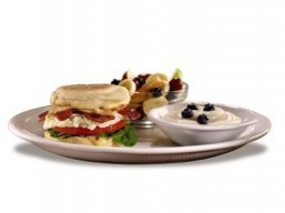 Denny's lower-calorie Fit Fare breakfast sandwich made with fresh spinach and turkey bacon. ©Denny's