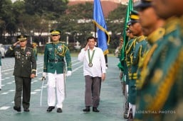 Duterte leads Philippine Army's 58th change of command rites