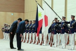 Duterte seeks to fortify relations with Japan on second official visit