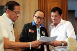 Duterte, FVR meet in Malacañang
