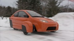 Elio presents unconventional three-wheeled car in Las Vegas
