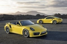 Porsche Turbo to muscle in on the Detroit auto show