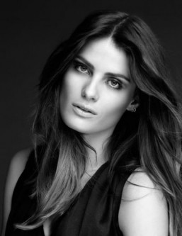 Isabeli Fontana is the new L'Oréal Paris brand ambassador. ©L'Oréal Paris