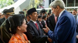 Kerry in SE Asia seeking support against IS