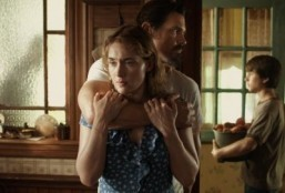 "Trailer: Kate Winslet held captive in ""Labor Day"""