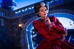 Cinderella's evil stepmother Lady Tremaine at the Villains' Sinister Soiree ©Ali Nasser, Walt Disney World