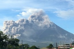 Mayon might collapse with more lava flows: Phivolcs