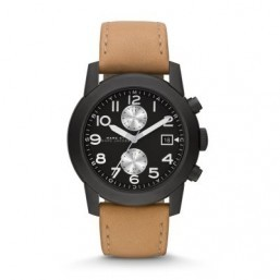 """The """"Larry"""" watch from Marc by Marc Jacobs has a brushed leather strap for a relaxed and casual look. ©Marc by Marc Jacobs"""