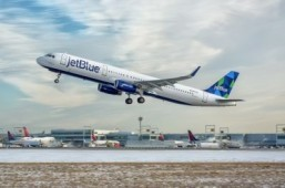 Flyers in US most satisfied with JetBlue and Southwest: poll