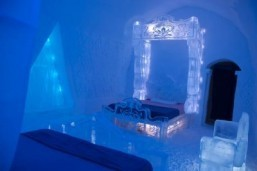 Ice hotel creates 'Frozen-inspired' bedroom made of ice and snow