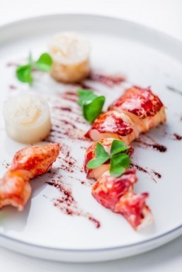 Christophe Saintagne's lobster and Jerusalem artichokes ©Pierre Monetta