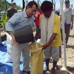 Chairman Royce Visits Typhoon-ravaged Tacloban Area