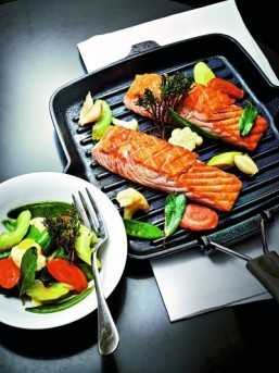 Holiday recipes from top Paris chefs: Éric Frechon's salmon baked in coarse sea salt and vegetables cooked with olive oil