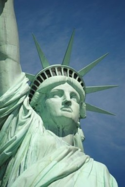Tourists baffled and angry as Statue of Liberty shut
