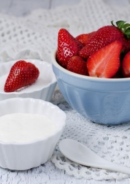 Strawberries and cream is a quintessential summertime and Wimbledon dessert. ©Natalija Sahraj /shutterstock.com