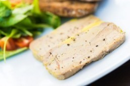 Sao Paulo judge lifts ban on sale of foie gras