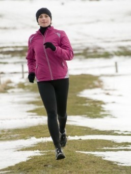 One cure for the winter blues: exercising in the cold, fresh air, scientists say. ©Gorilla/shutterstock.com