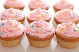 Does the collapse of a US bakery chain mark the end of the cupcake era?