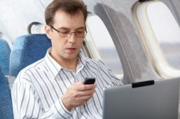 US airport checks focus on electronic devices