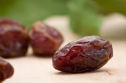 One date, eaten with a dab of peanut butter, delivers a reasonable dose of sugar and of healthy unsaturated fats. ©Shawn Hempel/shutterstock.com