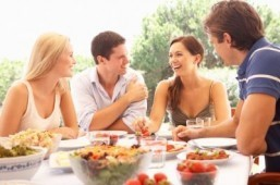 Ditch the romantic dinner and go on a double date if you want to add spark to your relationship this Valentine's Day, suggest the findings of a new study. ©Monkey Business Images/shutterstock.com