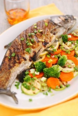 Eating more fish shown to boost good cholesterol levels