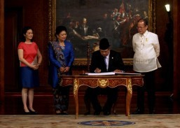 PHL, Indonesia sign 'model' maritime border accord