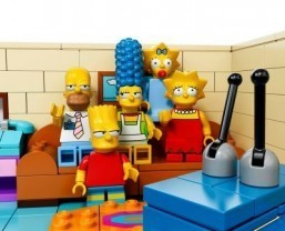 The Simpsons in Legos ©Lego