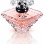 Lancôme's Trésor transformed into a new variation on the rose
