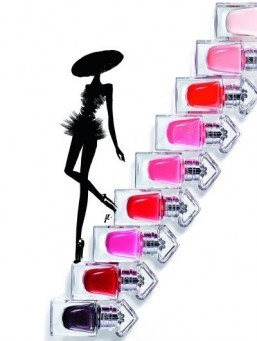 "Guerlain's ""La Petite Robe Noire"" line of nail varnishes brings eye-catching colors with a glossy finish. ©Guerlain"